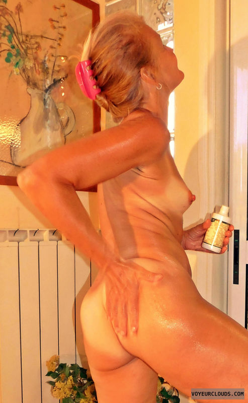 anna, wife, ass, oil, tan