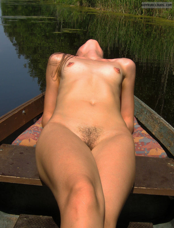 nude girl, naked outside, pussy, no bra