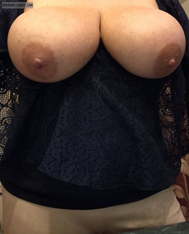 Big Tits, Tits out, sexy wife, hard nipples, sexy milf