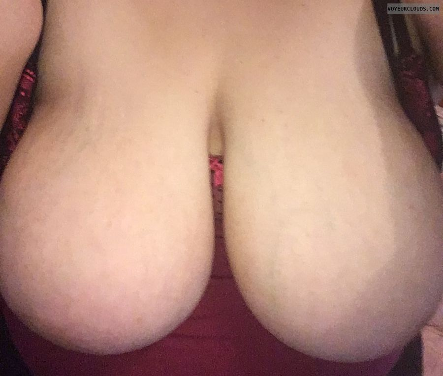hangers, big boobs, big tits