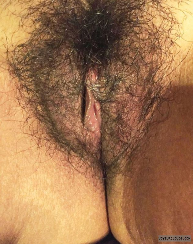 latina up Hairy pussy close