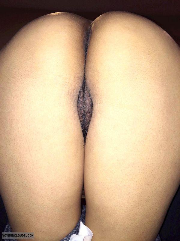 round ass, round butt, pussy peek, bent over, wfi