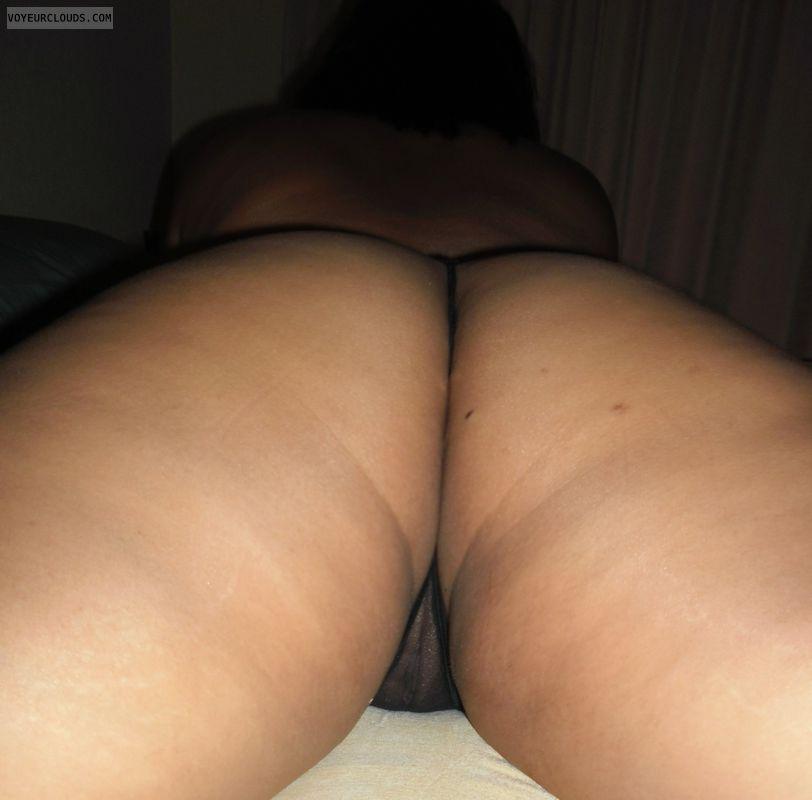 Legs Apart, Round Ass, Ass, Milf Ass, Milf, Kiwi Wife