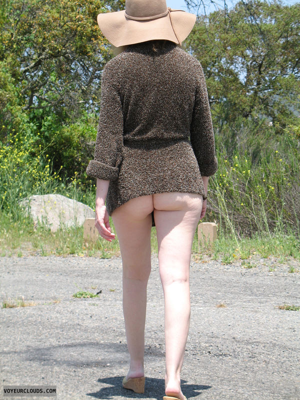 Bottomless, Exhibitionist, Lifestyle, Nude in Public