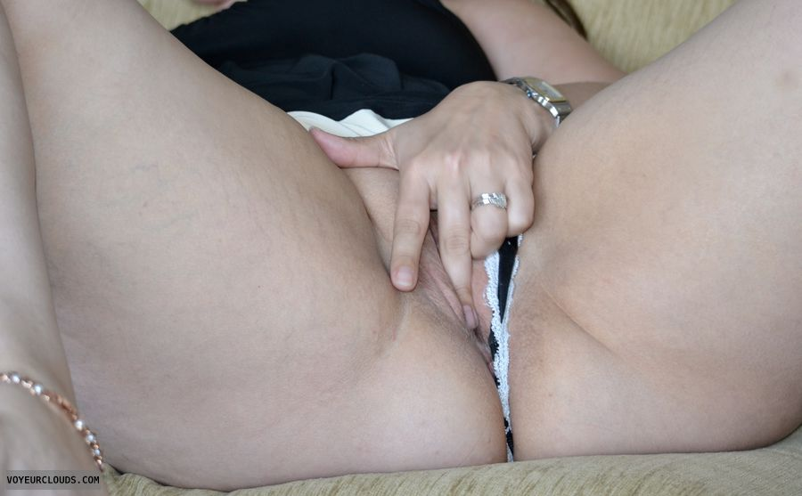finger in pussy, masterbation, shaved pussy, pussy