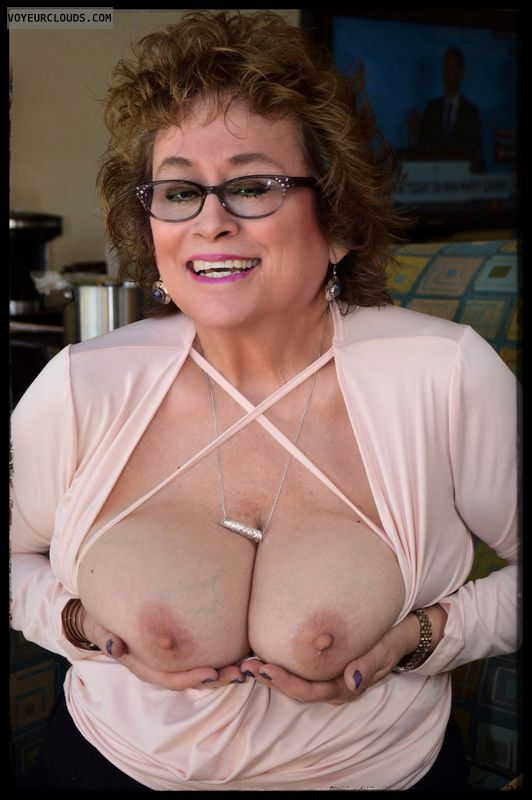 Big tits, sexy smile, milf, glasses, hotel