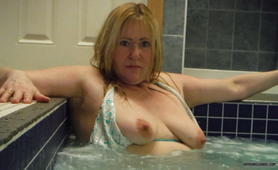 tits, open top, flashing tits, nipples, hot tub