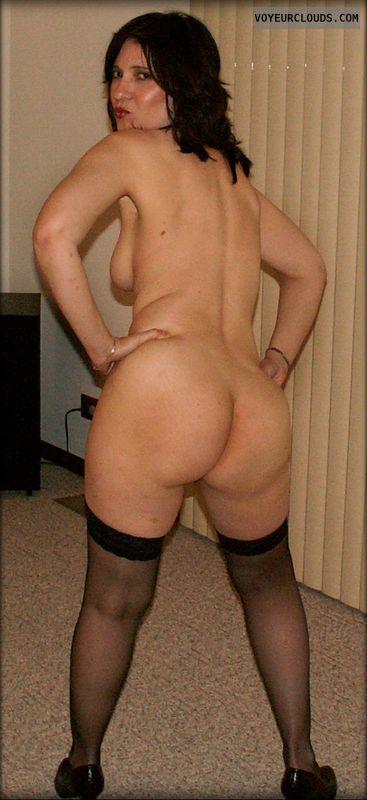 nude milf, round ass, round butt, tit peek, Big Ass