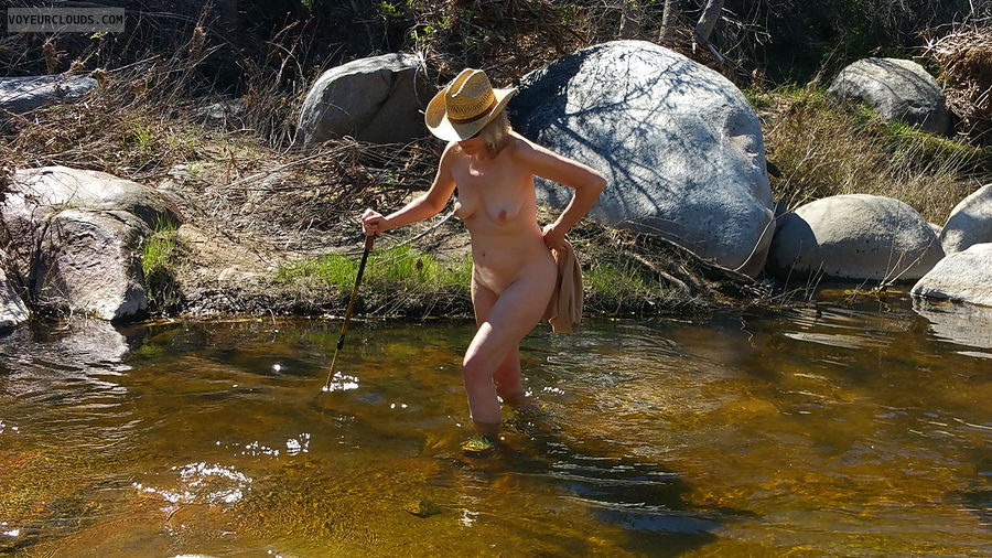 Bottomless, Exhibitionist, Nude in Public, Outdoors