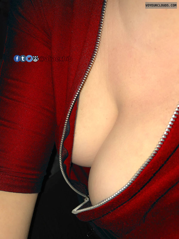 deep cleavage, braless, work, outfit, breast, teasing