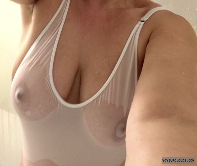 wet t-shirt, big boobs, big tits, hard nipples, pokies