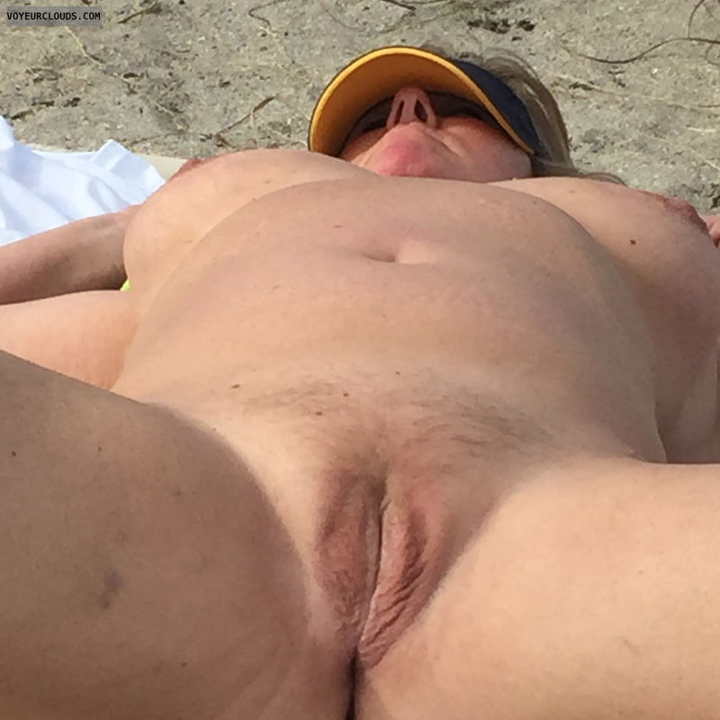pussy, spread, naked, beach