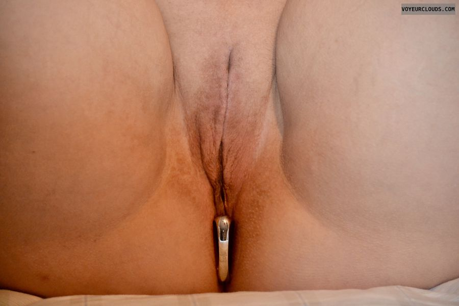 buttplugged, plug, pussy, shaved pussy, wet