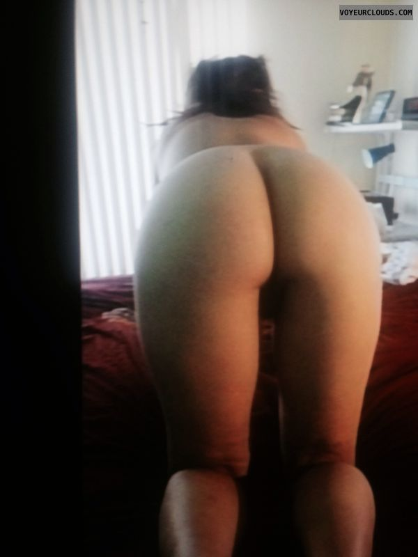 round ass, round butt, doggy, wfi