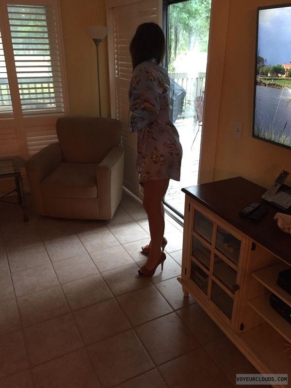 Nightgown, milf, milf legs, sexy legs, tattoo, sexy heels