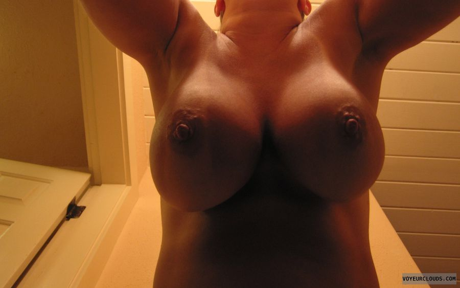 Boobies, Cleavage, Cold Nipples, Big Boobs