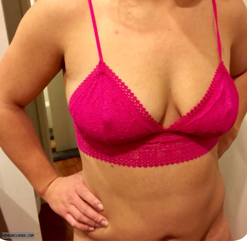 Milf, sexy mom, sexy milf, sexy wife, boobs, tits
