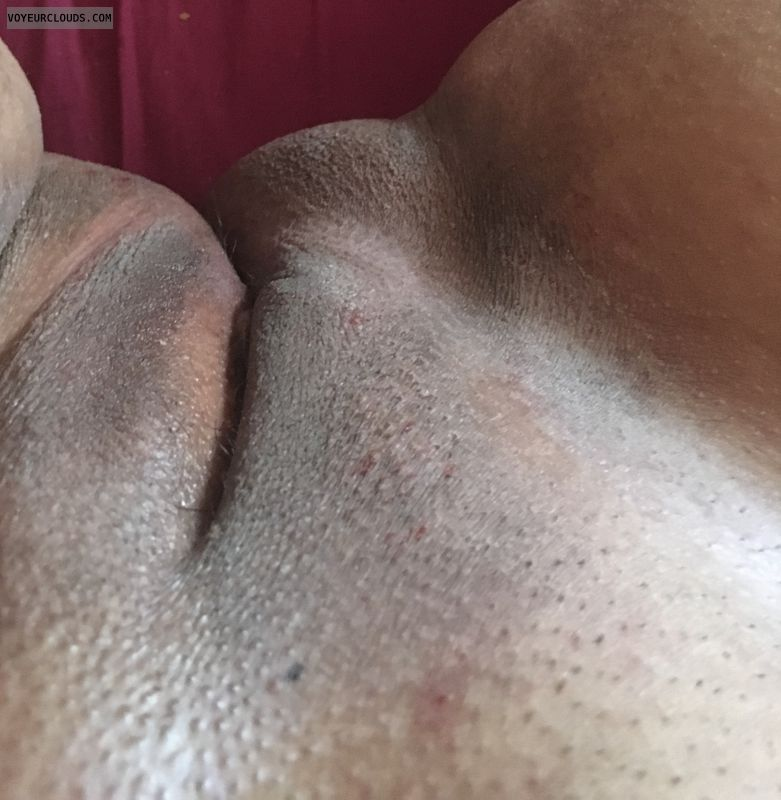pussy lips, shaved pussy, dark lips