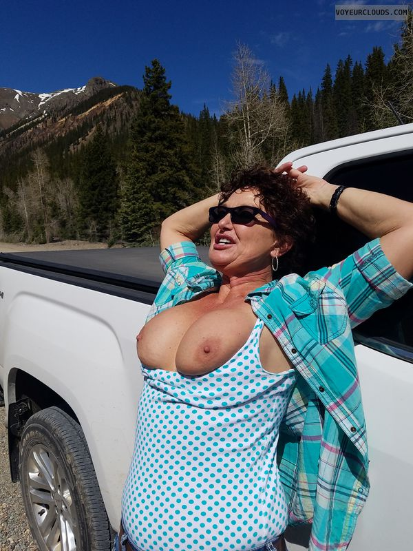 Braless in public, GILF boobs, Flashing outdoor, Enhanced boobs