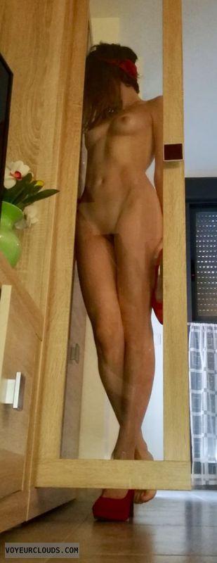 Nude, tits, pussy, legs, heels