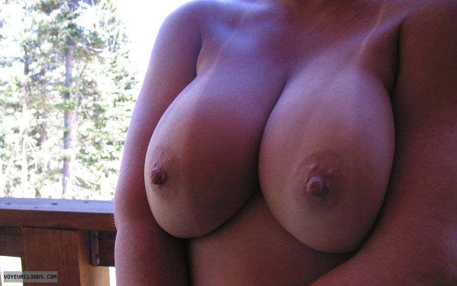 Big Boobies, Cleavage, Tanlines, Cold Nipples, Outdoor Nudity