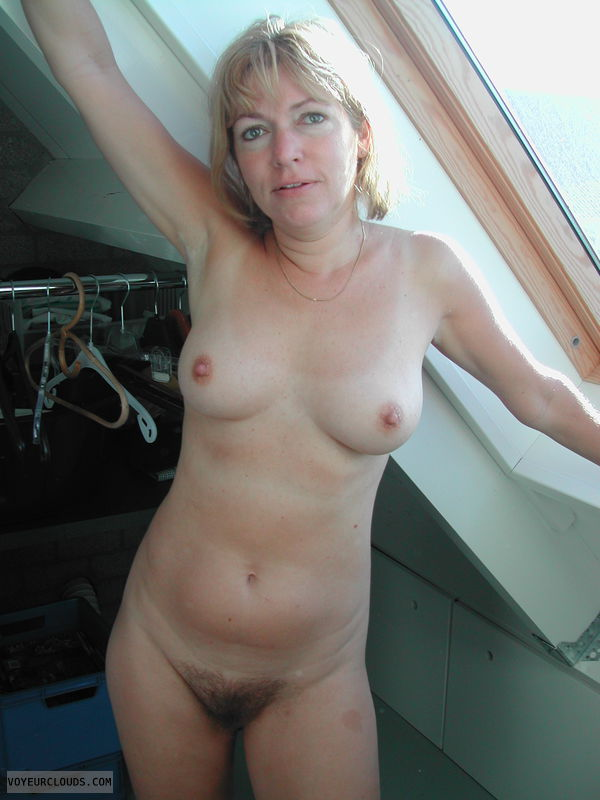 Hairy pussy, small tits, milf