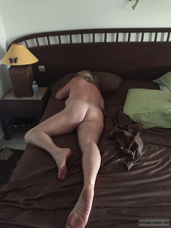 legs, ass, nude