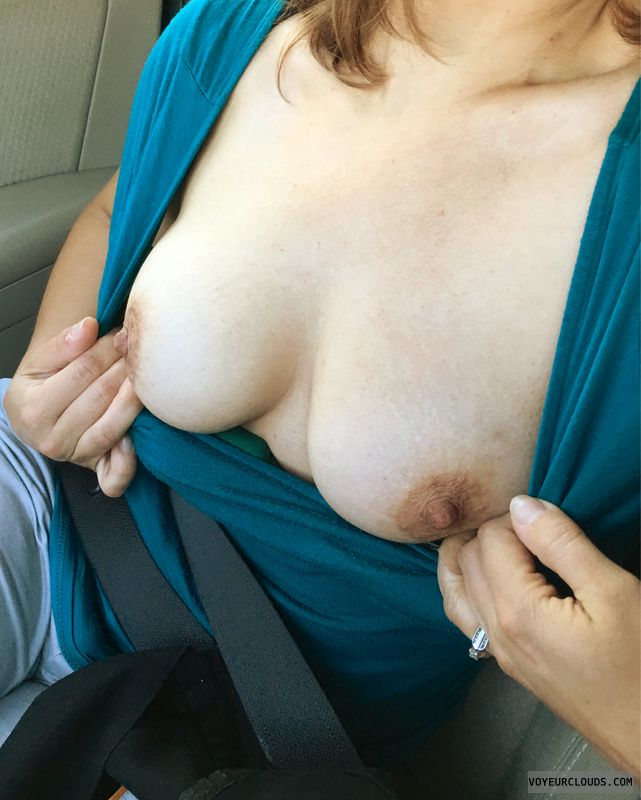 Milf, tits, mom, sexy, hard nipples, flash tits, Flash boobs