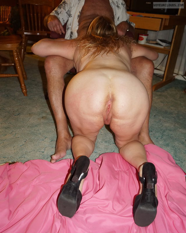 Ass, pussy, cunt lips, blow job, heels, legs, bent over
