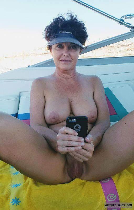 Texting with a bare coochoe, Naked boating, GILF pussy