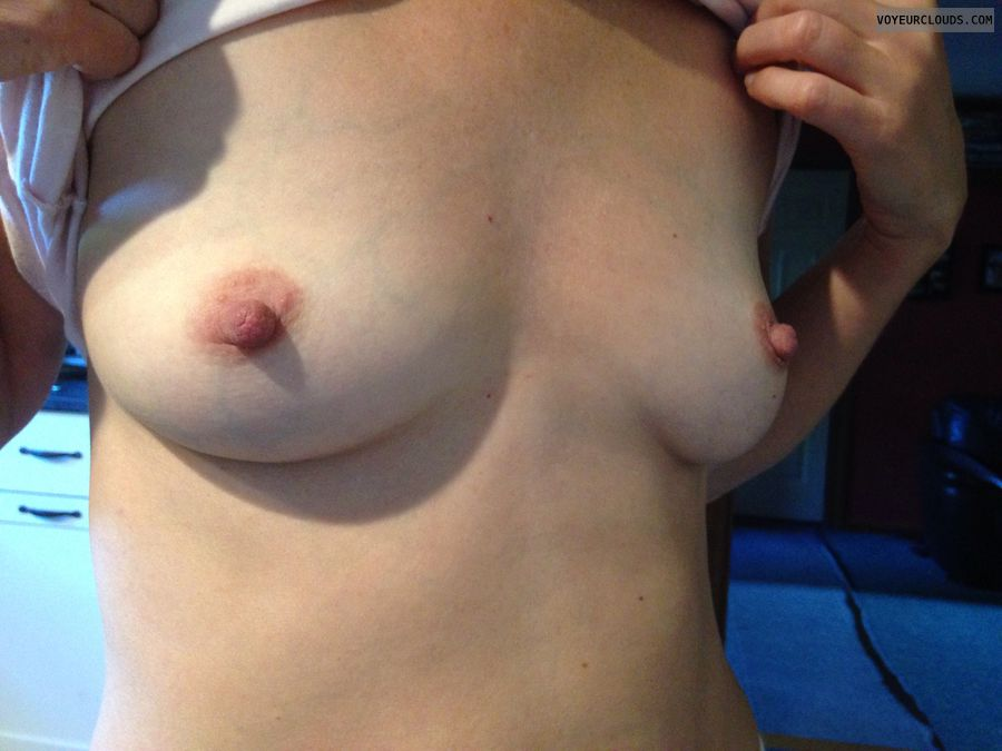 Braless, nipples, perky tits, exibitionist