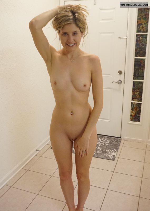 Courtney, blonde, tits, pussy, shaved, legs, Frontal