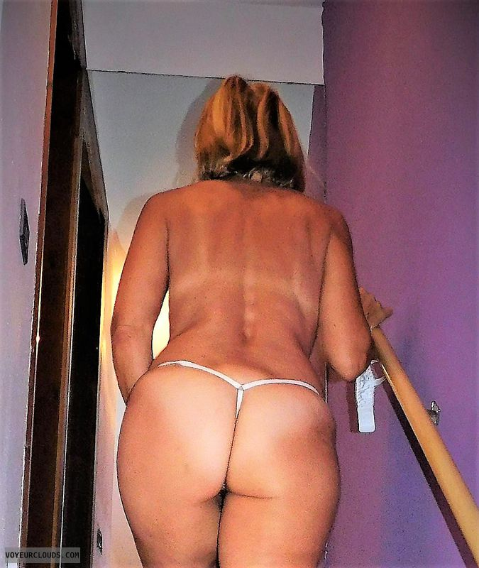 wife ass, round ass, round butt, thong, tanlines, back view