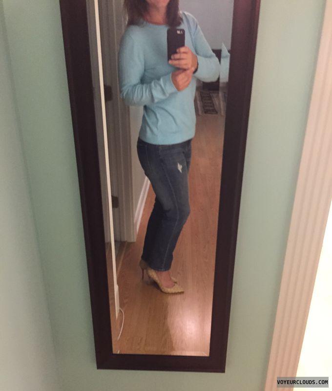 Sexy heels, milf heels, jeans, selfie, non nude