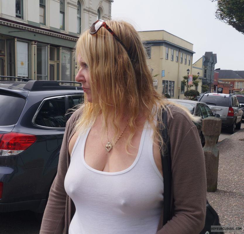 braless, tanktop, nipples, pokies, big tits, round tits