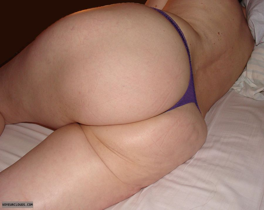 big ass, round ass, white ass, mature wife, sexy