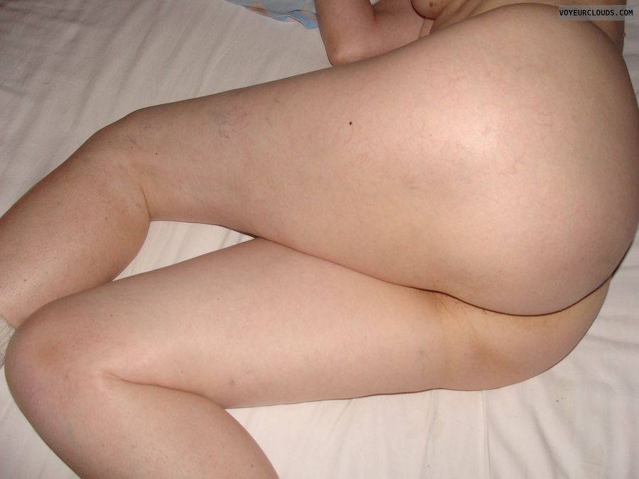 long legs, round butt, nude mature, sexy wife, waiting bed