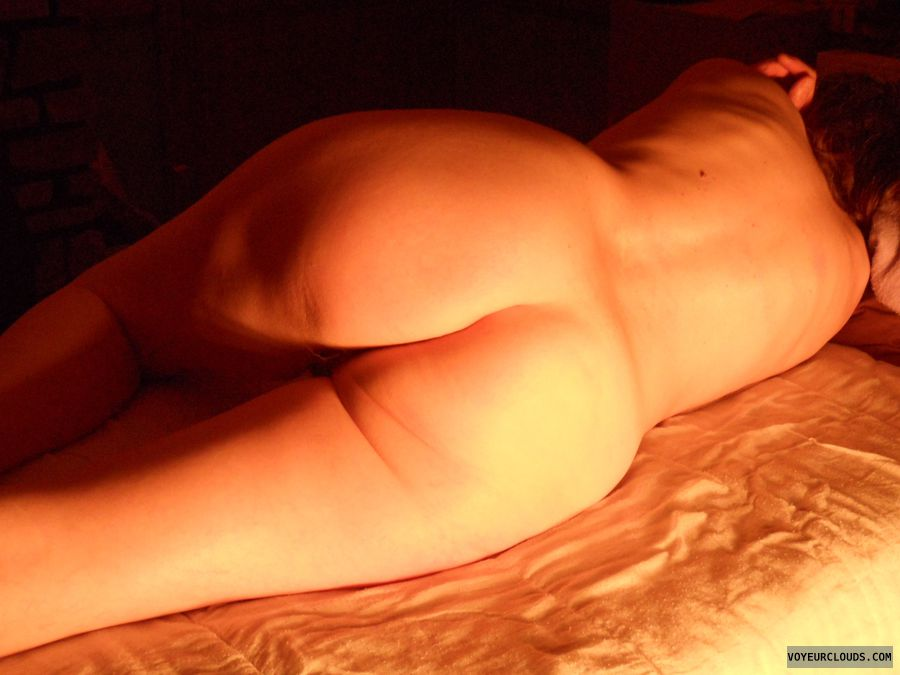 nude wife, bed, naked, sexy mature, round ass, shaved ass