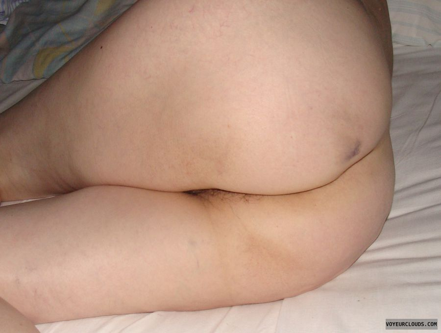 ass, wide hips, pussy peek, mature naked, bed, sexy wife