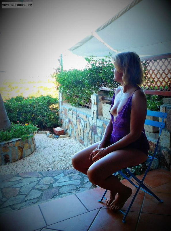 anna, wife, titties, outside, purple