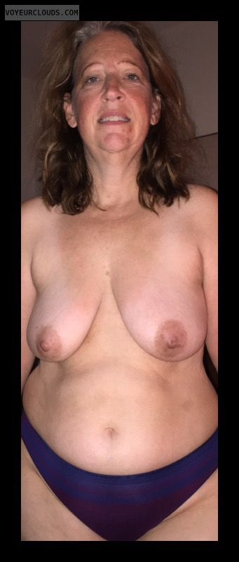 topless, hard nipples, big boobs, Mature woman, Sexy Smile