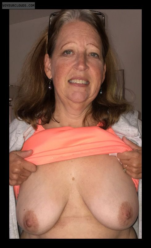Mature, Big Boobs, Saggy Tits, Sexy Smile