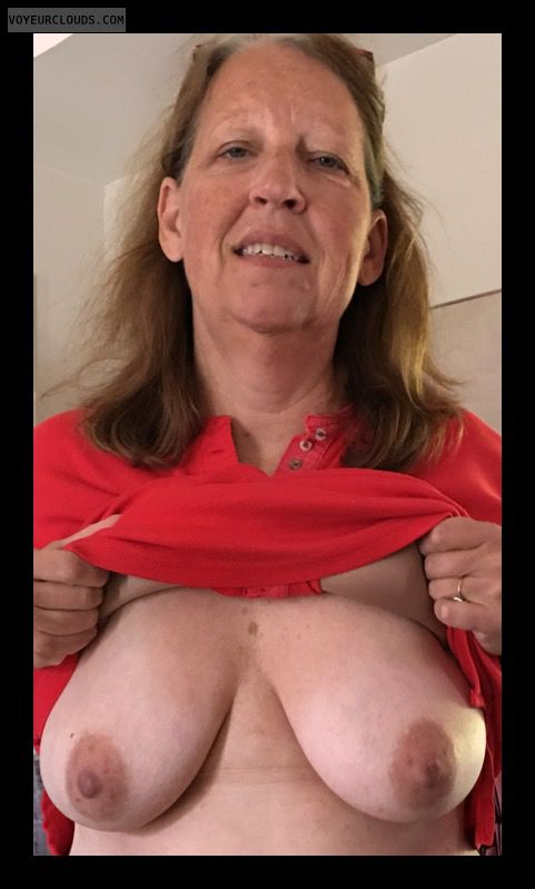 Mature, Big Boobs, Saggy Tits, Hard Nipples