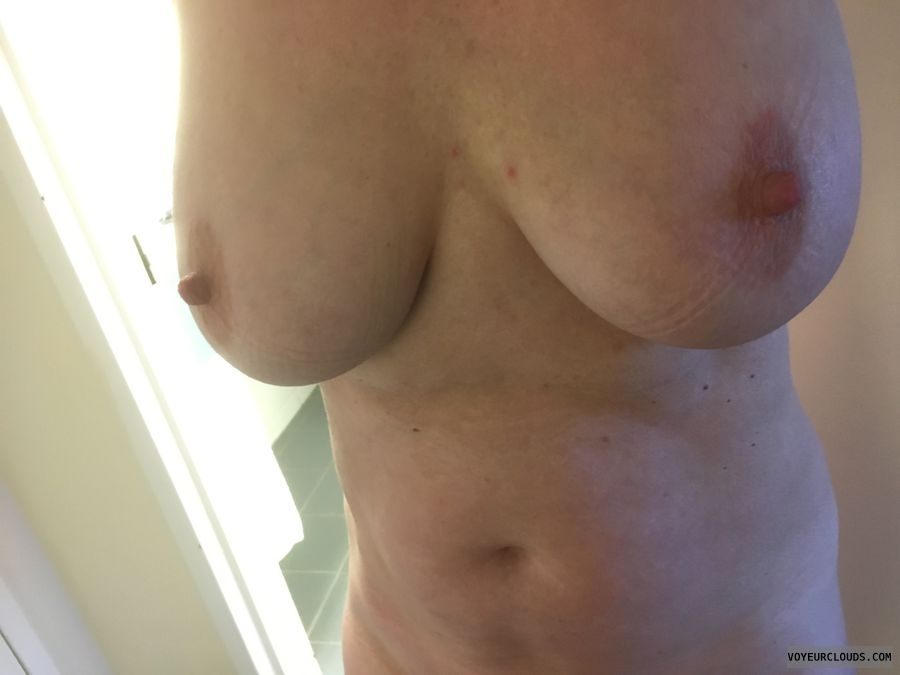 topless, hard nipples, big tits, erect nipples, big nipples