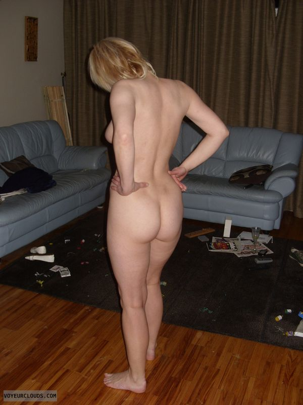 Mature woman, nude woman, Round ass, Strip, small waist