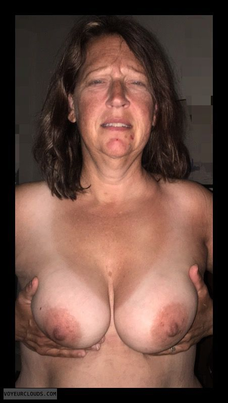 Mature, Big boobs, Hard Nipples, Hand Bra, Topless