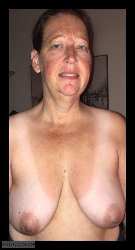 Mature, Saggy Boobs, Hard Nipples