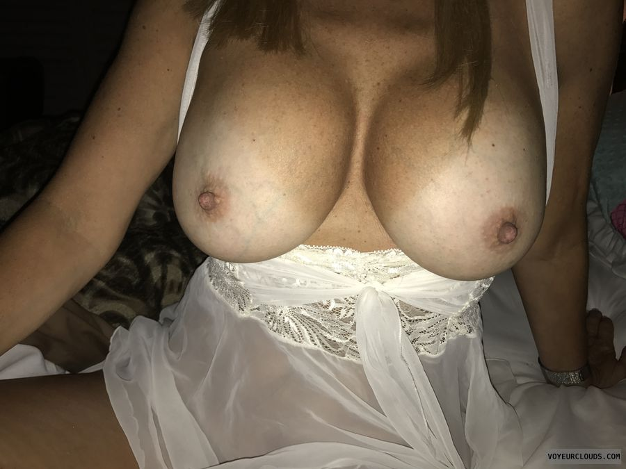 wife tits, milf boobs, tits out, hard nipples, big boobs