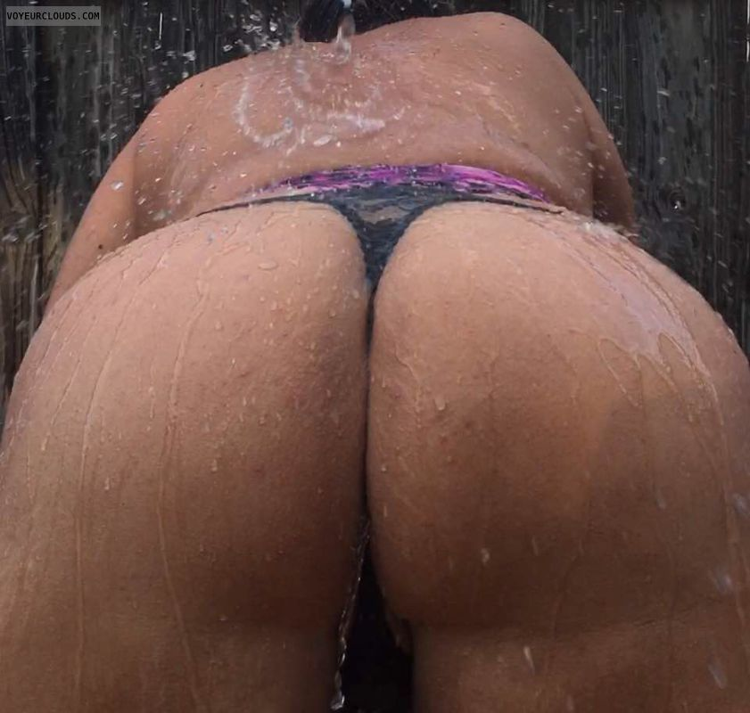 round ass, round butt, Thong, sexy ass, sexy wife
