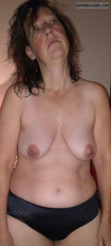 Mature, Topless, Saggy Tits, Dark Nipples